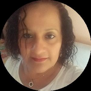 Claudia Maria M. de Confio
